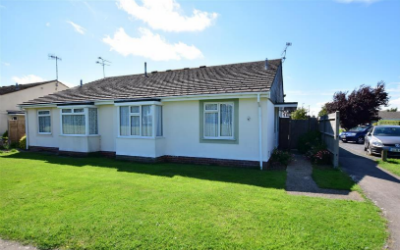 3 bedroom bungalow Sussex